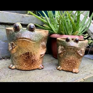 EUC 2 Cutest Frog Planters Ever! AWWW!